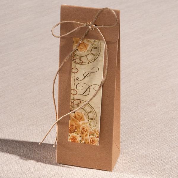 Οικολογικό κουτί πυραμίδα μπομπονιέρα γάμου με λουλούδια