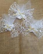 Μπομπονιέρα αρραβώνα δίχτυ-τούλι με πέρλα
