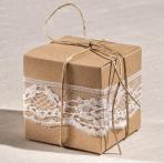 Κουτί κύβος σε κραφτ χαρτί-δαντέλα