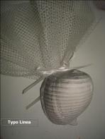 Μπομπονιέρα γάμου με κοχύλι μεγάλο από πορσελάνη και δίχτυ