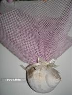 Με κοχύλι μεγάλο από πορσελάνη και δίχτυ ροζ μπομπονιέρα