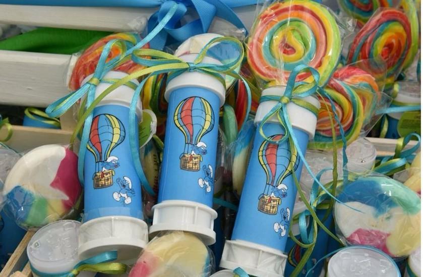 Παιδική μπομπονιέρα βάπτισης αερόστατο σαπουνόφουσκα με γλειφιτζούρι