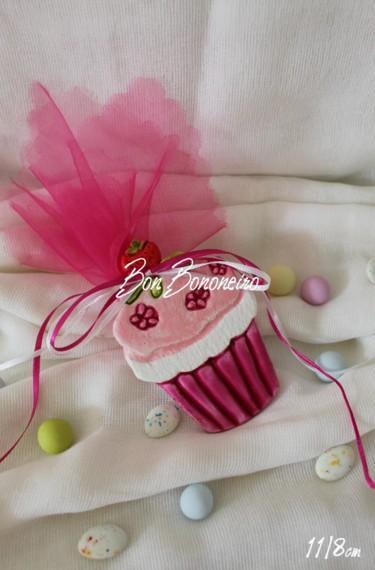 Μπομπονιέρα βάπτισης cup-cakes μαγνητάκι κεραμικό