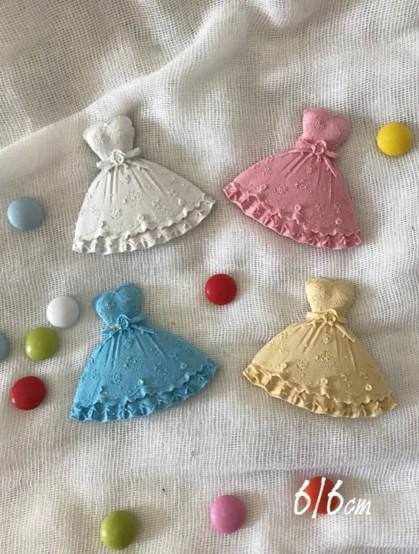 Κεραμικό στοιχείο φορεματάκι μπαλαρίνας για μπομπονιέρα βάπτισης