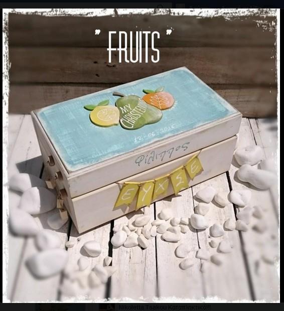 Απίθανο κουτί ευχών βάπτισης με τα φρούτα σε καλή τιμή χειροποίητο