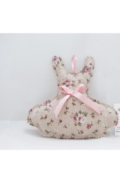 Vintage βάπτισης μπομπονιέρα σε μαξιλαράκι με το φορεματάκι θέμα