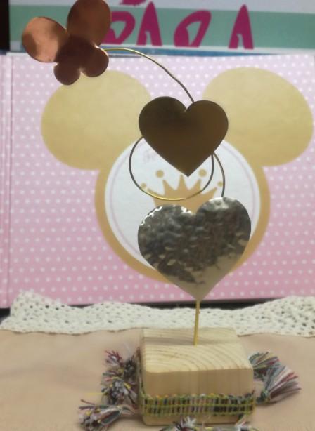 Μπομπονιέρα βάπτισης μεταλλική σπιτάκι με καρδιές-πεταλούδα