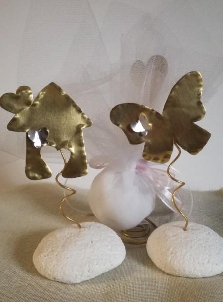 Μπομπονιέρα βάπτισης ευγενή μέταλλα σταντ πεταλούδα-σπιτάκι