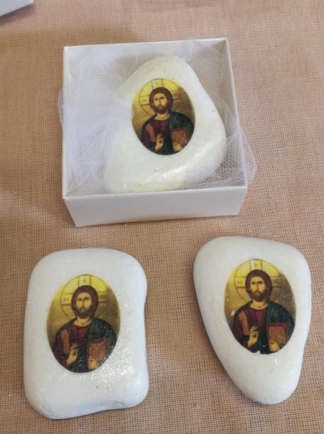 Μπομπονιέρα βάπτισης με εικόνα Χριστού σε πέτρα