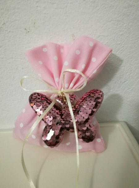 Πουγκί πουά ροζ μπρελόκ πεταλούδα με πούλιες μπομπονιέρα βάπτισης