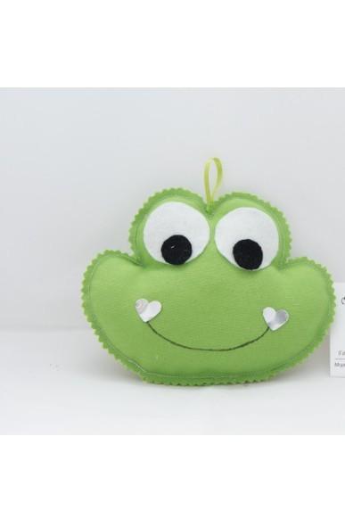 Ο βάτραχος σε πάνινο μαξιλαράκι για μπομπονιέρα βάπτισης