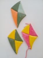 Χαρταετοί τριγωνικοί κεραμικοί με μαγνητάκι