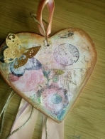 Post-card καρδιά πορσελάνης σε scrapbooking