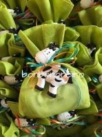 Πουγκί με αγελαδίτσα κεραμικό μαγνητάκι