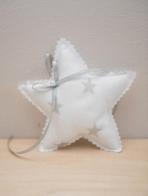 Αστεράκι πάνινο σε λευκό χρώμα