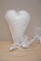 Καρδιά σε ύφασμα bronderie κρεμαστή