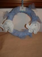 Ελεφαντάκι σε στεφάνι μαξιλαράκι