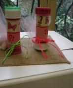 Πεταλούδες και κοριτσάκι σε σαπουνόφουσκες
