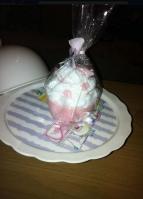 Μπομπονιέρα από σαπουνάκι με θέμα τα cupcakes