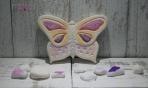 Η πεταλούδα σε πλακάκι κεραμικό με γκλίτερ