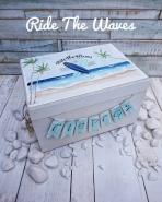 Κουτί ρούχων με θέμα σερφ στα κύματα