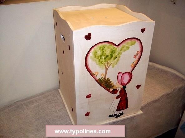 Κουτί για βαπτιστικά με Κοκκινοσκουφίτσα στο χέρι ζωγραφισμένο