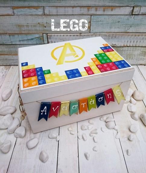 Τα lego σε κουτί ρούχων βάπτισης χειροποίητο