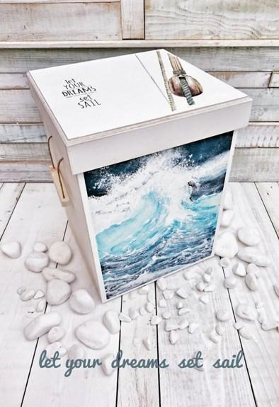 Θάλασσα με κύματα  κουτί ρούχων βάπτισης χειροποίητο