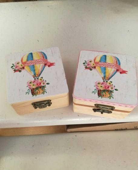 Βάπτισης μπομπονιέρα κουτί-μπαουλάκι με θέμα αερόστατο